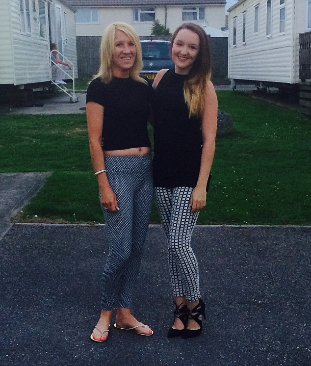 Shannon Smith, 19, and Karen, 46, from Bracknell, Berkshire, believe they look like sisters